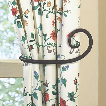Wrought Iron Curtain Tiebacks | Scroll | Pair