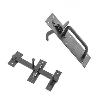 Wrought Iron Thumb Latch Set | Colonial Suffolk | 8 inch